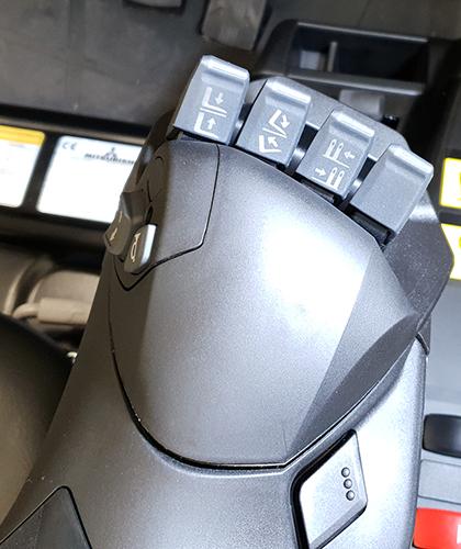 Touch-sensitive fingertip controls