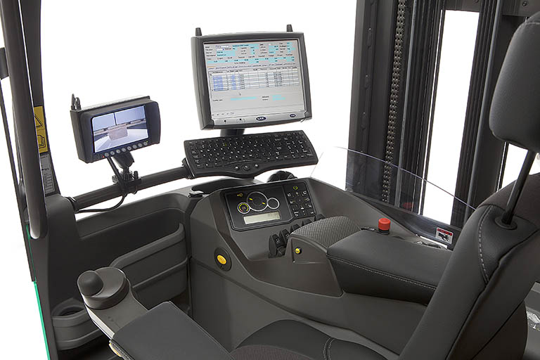 ATC 3 truck computer with display and keyboard